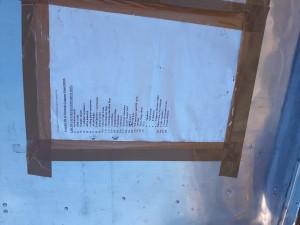 Oude inventarislijst aan de binnenkant van het deksel