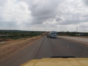 PC228401 - Gevaarlijke inhaalmomenten op Mombasa road
