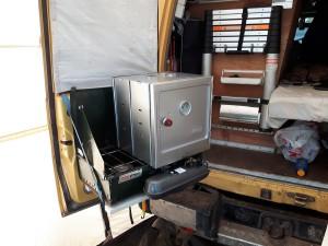 20161225 171629 - Oven in gebruik aan Tiwi beach