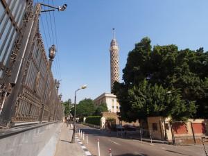 PA011950 - Cairo Tower en hek om Police Officers Club