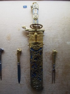 PA032090 - Abdeen Palace Museum (jachtmes met bestek)