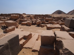 PA082930 - Abu Sir (piramide van Sahure)