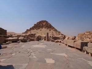 PA082943 - Abu Sir (piramide van Sahure)
