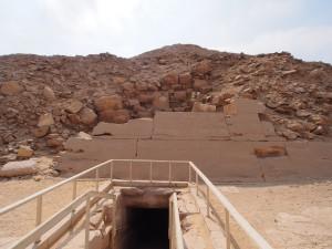 PA153676 - Saqqara (Oenas piramide)