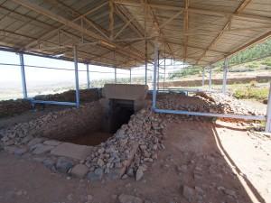 PB176333 - Graven van koning Kaleb en Meskel