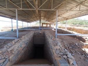 PB176341 - Graven van koning Kaleb en Meskel