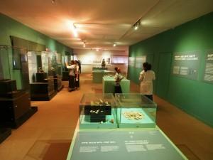 PB257050 - National Museum