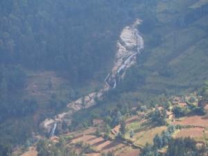 P2132389 - Onderweg naar Kibuye