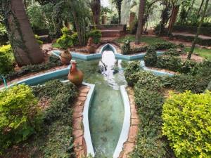 P2162601 - Tuin van Verdeeldheid Kigali Genocide Memorial