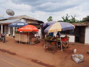 P2212972 - Fruitkraampjes Kigoma