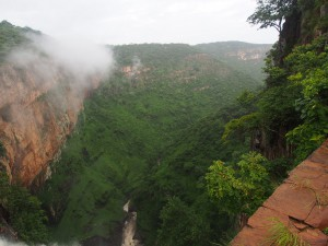 P2263168 - Links Zambia, rechts Tanzania Kalambo Falls