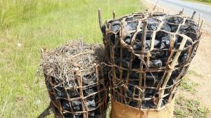 20170401 110802 - Houtskoolbalen zijn in Afrika ware kunstwerkjes
