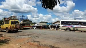 20170407 133825 - Winkeltjes bij Nalusanga Gate