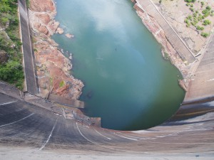 P4126155 - Kariba dam
