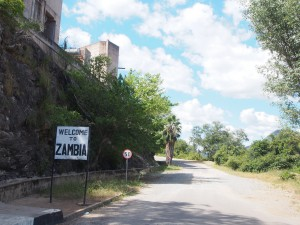 P4126164 - Terug Zambia in vanaf Kariba dam