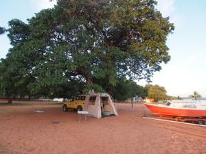 P4136192 - Kampje Kariba meer