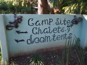 P4166275 - Doomtents! bij Maramba River Lodge Livingstone