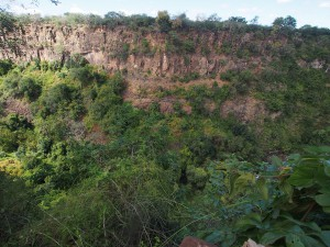 P4176460 - Kloof bij Victoria watervallen