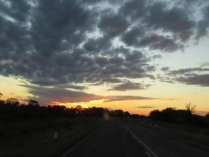 IMG 4349 - Zonsondergang naar Katima Mulilo