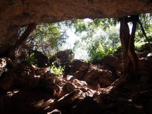 P5047922 - Noordelijke ingang Gcwihaba Cave