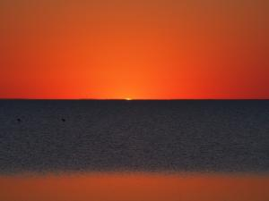 P5190061 - Zonsondergang bij Kukonje Island