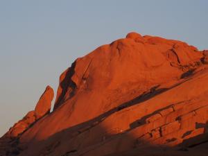 P6060979 - Spitzkoppe bij zonsopkomst