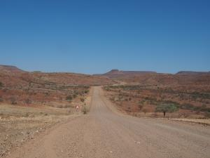 P6212124 - Onderweg naar Kamanjab