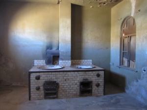 IMG 0792 - Worstenovens slager Kolmanskop