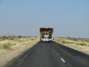IMG 0900 - Rijdend monster op de weg
