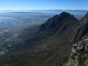IMG 1401 - Devils Peak vanaf Tafelberg