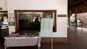 20170729 113933 - Overstromingsbordje receptie kamp Kruger NP