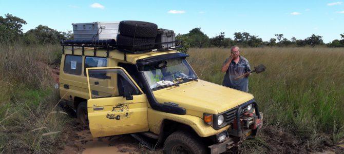 Dag 216-220 (30 mrt-3 apr): De mooie rit naar Kafue NP en kampeeravonturen aldaar