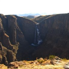 Dag 326-330 (18-22 juli): Veel nieuwe dieren bij Graaff-Reinet en land nr. 23, Lesotho
