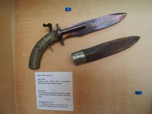 PA032068 - Abdeen Palace Museum (dolkpistool)