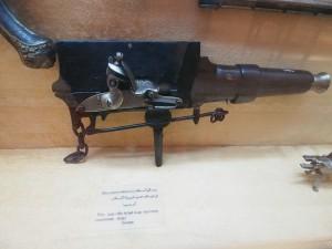PA032076 - Abdeen Palace Museum (vreemd pistool)