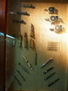 PA032098 - Abdeen Palace Museum (spionagepistolen)