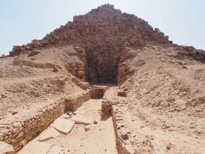 PA082926 - Abu Sir (piramide van Sahure)