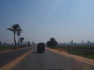 PA183883 - Wegbeeld omgeving Malawi