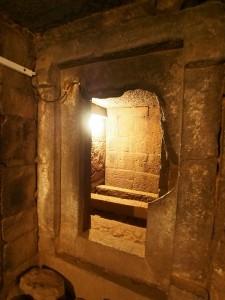 PB176352 - Graven van koning Kaleb en Meskel