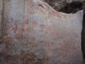 P1200688 - Nyero 2 rotstekeningen