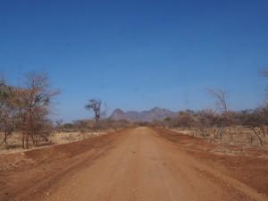 P1230830 - Onderweg naar Karenga