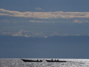 P2192848 - Vissers op Tanganyika meer