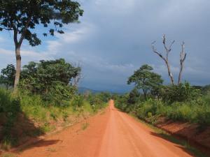 P2233030 - Onderweg naar Mpanda