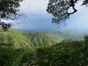 P3063899 - Uitzicht vanaf bar Lukwe Lodge
