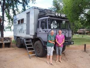 P3315807 - Sjors en Monique op WIldlife Camp