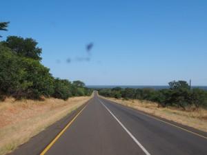 P4196650 - Op weg naar Ngonye waterval