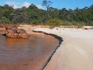P4206777 - Strand Boiling Pot Ngonye waterval