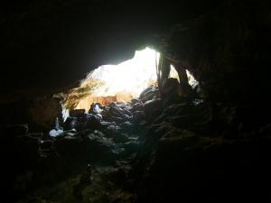 P5047893 - Zuidelijke ingang Gcwihaba Cave