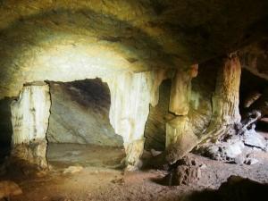 P5047895 - Zuidelijke ingang Gcwihaba Cave