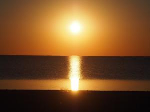 P5190018 - Zonsondergang bij Kukonje Island